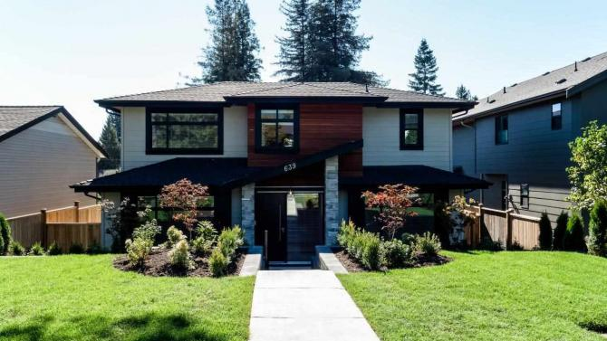 639 East 6th Street, Queensbury, North Vancouver
