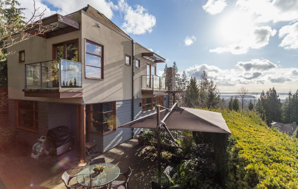 4945 Chalet Place, Canyon Heights NV, North Vancouver